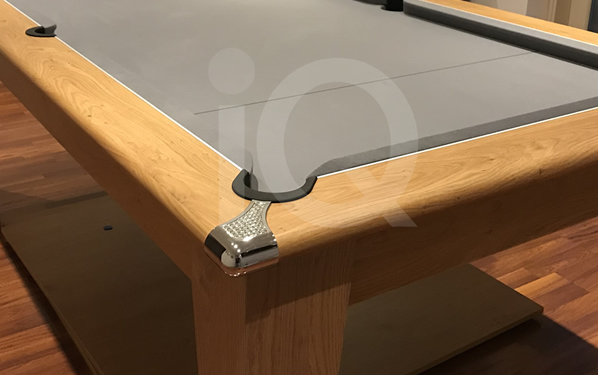 Gatley Classic Oak Diner with Silver Smart Cloth