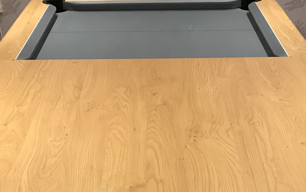 Gatley Classic Oak Diner with Silver Smart Cloth 3